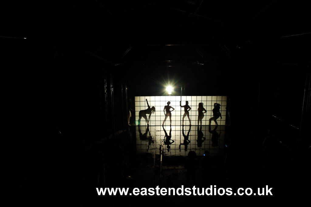 music-video-set-models-behind-the-japanese-panels-at-east-end-studios1